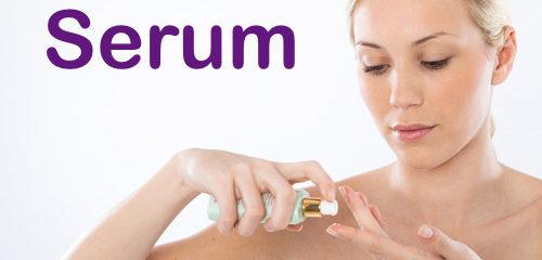 Usa un serum de farmacia para completa el cuidado de tu piel y que esta luzca lo más sana posible.